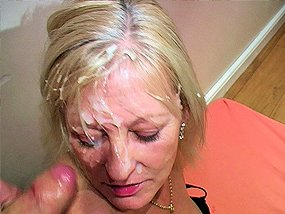 Amateur mature facial